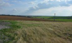 PREDAJ, pozemok na poľnohospodárske, skladové využitie