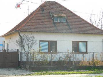 Predáme 3-izb. rodinný dom v Seredi