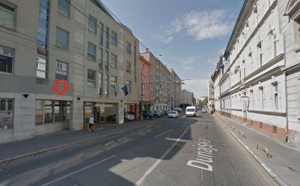 Nebytový priestor na prenájom, Dunajská ulica, 30 m2