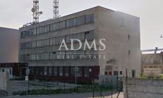 Administratívna budova, Nové Mesto nad Váhom