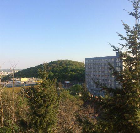 REZERVOVANÉ - STARBROKERS - Predaj 3 izb. byt, Bárdošova ul., BA III, Kramáre, slnečný, svetlý s výhľadom na Horský park