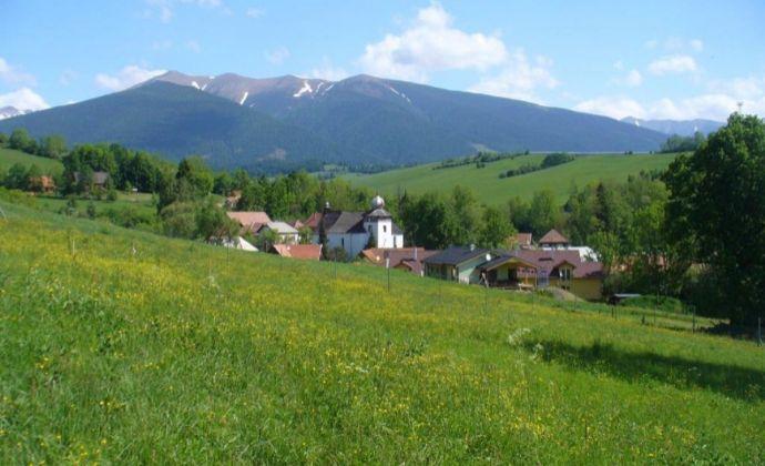 Stavebný pozemok na Liptove s krásnym výhľadom na Tatry