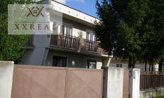 Predáme 5i rodinný dom v obci Zlaté Klasy na dobrej a tichej ulici. 83000,-Eur