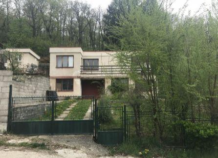 ZLOŽENÁ REZERVAČNÁ ZÁLOHA - EXKLUZÍVNY predaj záhradnej chaty s možnosťou trvalého bývania