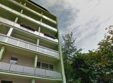 INSURIA REAL Vám ponúka na predaj 3 izbový byt v Novom Meste na Teplickej ulici