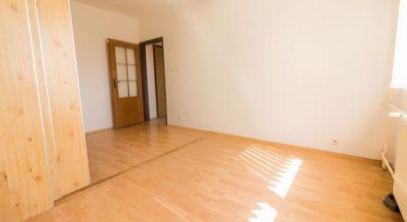 1 izbový byt (32,5m2) s prepojenou loggiou - Roveň