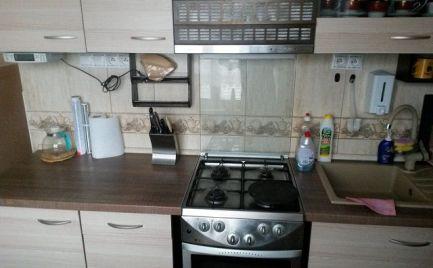 Slnečný 3-izbový byt v Brezne
