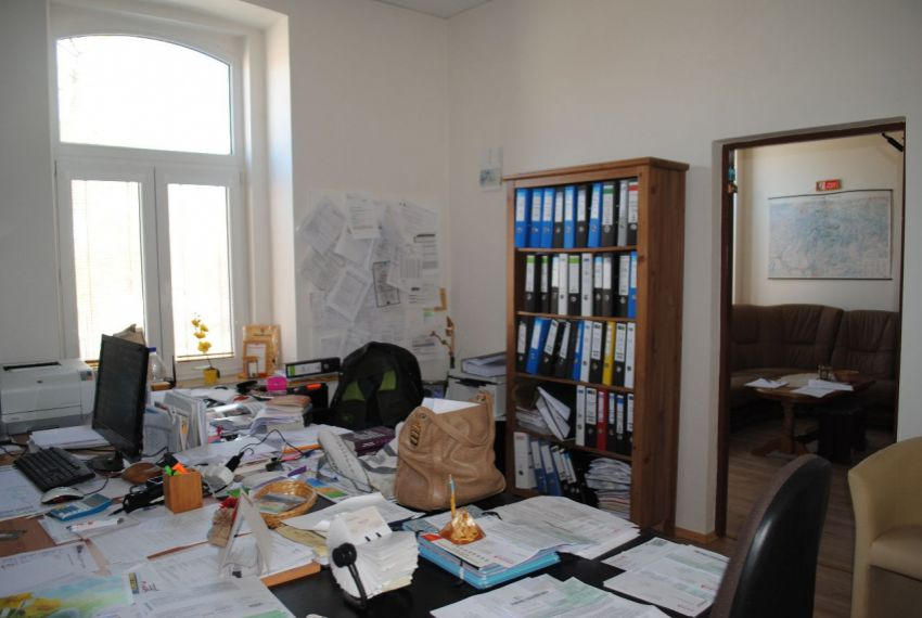Predaj administratívna budova Šahy-2