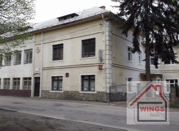 Hodruša-Hámre - Penzión - obytná vila v obci