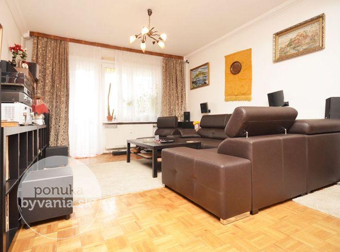 PREDANÉ - ČESKOSLOVENSKÝCH PARAŠUTISTOV, 2-i byt, 51 m2 – slnečný a útulný byt, ČIASTOČNÁ REKONŠTRUKCIA, klimatizácia, dlhá loggia