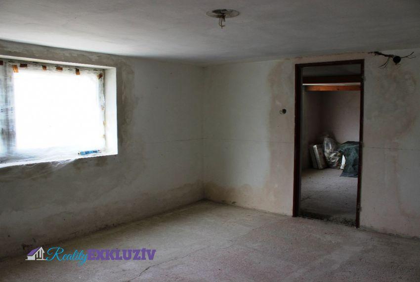 Predaj Rodinné domy Ľuboriečka-19