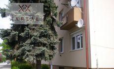 Prenájmeme zariadený a kompletne zrekonštruovaný 1izbový byt v centre Šamorína na školskej ul.