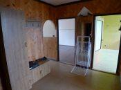 Na predaj veľký 3-izbový byt s garážou na Mravenisku.