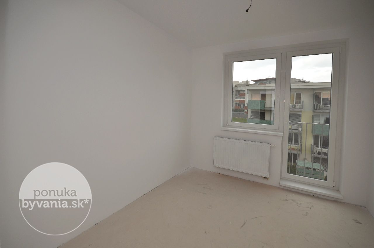 ponukabyvania.sk_Drotárska cesta_3-izbový-byt_KOVÁČ