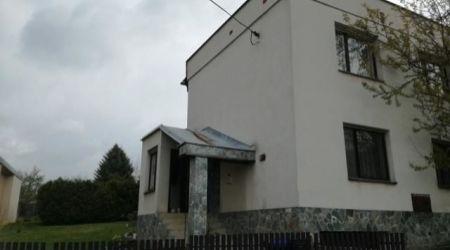 Veľký rodinný dom 7 - izbový, Trenčianska Teplá