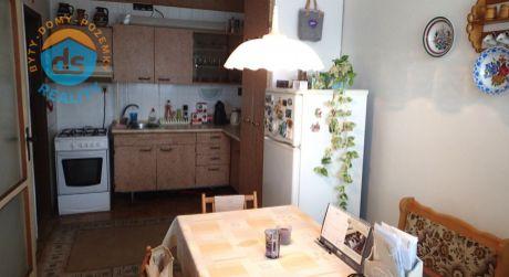 Na predaj byt 3+1 s lodžiou, 65 m2, Nové Mesto nad Váhom, ul. J. Kréna