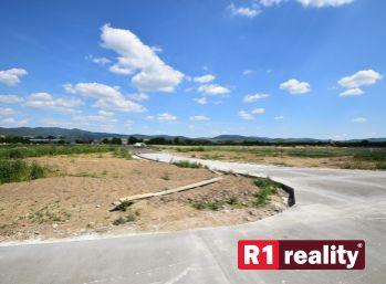 Stavebný pozemok P11/490,60 m2/ Horná Streda