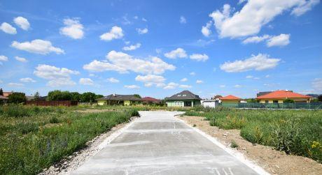 Stavebný pozemok P43/879,75 m2/ Horná Streda