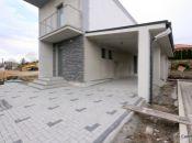 Posledný voľný dom na novej ulici v Urminciach.