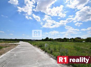 Stavebný pozemok P64/496,75 m2/ Horná Streda