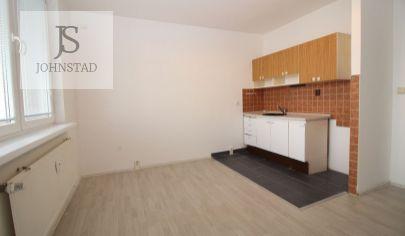 # 2 garsónga # Rovniankova # čiastočná rekonštrukcia # 2x loggia # zateplený bytový dom # kamerový systém