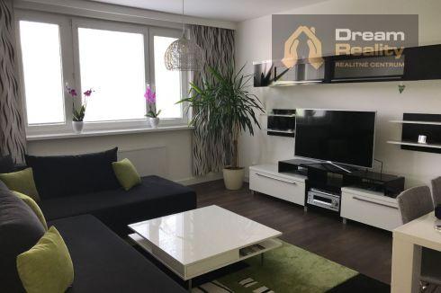 Luxusný, komplet zariadený 3-izbový byt