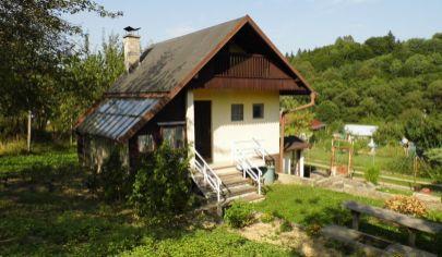ŽILINA murovaná chata pozemok 400m2, Žilina Mojšová Lúčka
