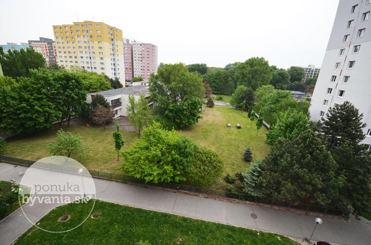 ponukabyvania.sk_Hrobákova_3-izbový-byt_BARTA