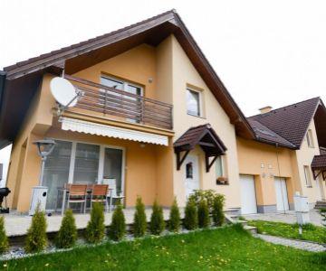 Prenájom krásneho rodinného domu v Demänovej pre náročných.
