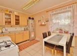 Predaj, 2i byt v Bezenye - Paprét, 62 m2, 1050 m2 pozemok