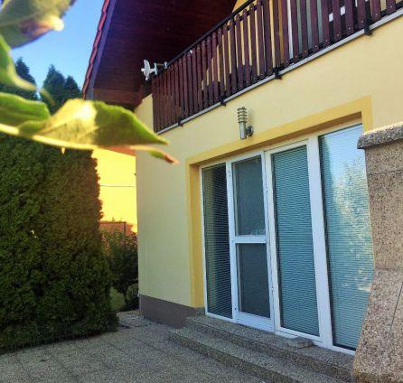 STARBROKERS – PREDAJ 5 izbového domu v Malinove, na Višňovej ulici.
