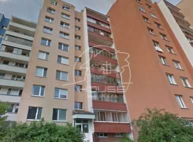 PREDAJ: 3 izb. byt s loggiou, BA IV, Bazovského ulica