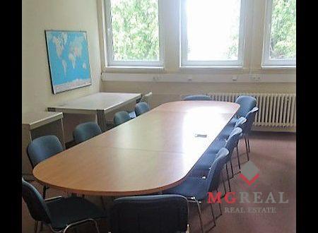 Administratívne priestory, 324m2, Bratislava Nové Mesto, Bojnická, parkovanie