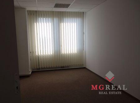 Malé kancelárie už od 20m2, internet v cene, Tomášikova, Ružinov