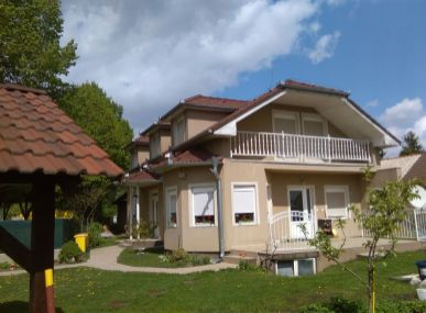 MAXFIN REAL na predaj krásny, nový 7 izb. RD v Ivanke pri Nitre