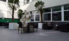 REZERVOVANÉ: PRENÁJOM - reštauračné priestory v budove AB Hliny alebo ODSTÚPENIE reštaurácie !