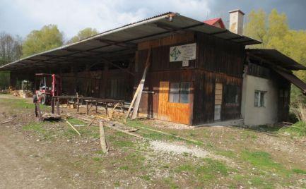 Stolárska dielňa s kompletným vybavením, Hrachovište