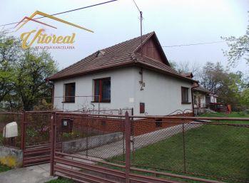 Exluzívne ponúkame 5 i rodinný dom v obci Bačkov, len 31 km od Košíc