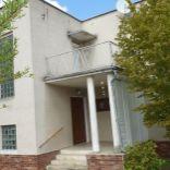 Predáme 3-podlažný rodinný dom v tichej lokalite Vráble.