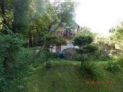 Prenájom - veľmi pekná murovaná chata v Dúbravke, pozemok 394 m2