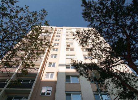 StarBrokers - EXKLUZÍVNY predaj 3 izb. PRIESTRANNÉHO bytu v Lamači so 4 loggiami, ideálny pre rodinné bývanie.