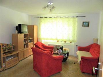 REZERVOVANÝ! EXKLUZÍVNE!Predáme 2-izbový čiastočne prerobený byt  v Seredi