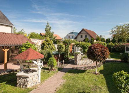 StarBrokers - EXKLUZÍVNY predaj výnimočného 5 izb. rodinného domu v Lozorne s jedinečnou vínnou pivnicou