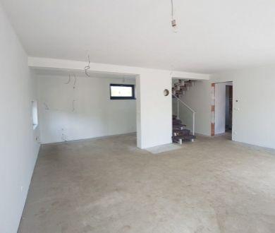REZERVOVANŹ-Rodinný dom - Holostavba, PB - Jasenica, 439,5 m2