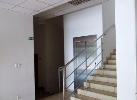 Kancelária s terasou, 25m2, širšie centrum mesta, Ružinov