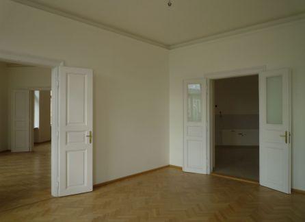 StarBrokers_Predaj veľký 5 izbový luxusný byt Bratislava- Stare mesto