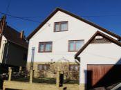 REALITY COMFORT - Rodinný dom so slnečným pozemkom v Prievidzi. NOVÁ CENA!!