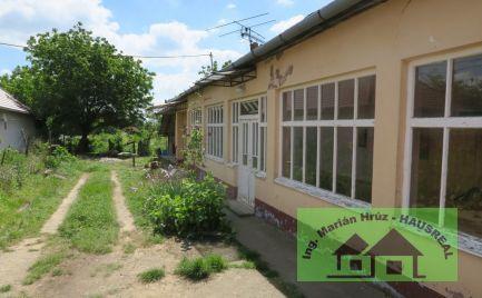 3-izbový sedliacky dom, pec na chlieb, 20 árový pozemok, Veľké Ludince
