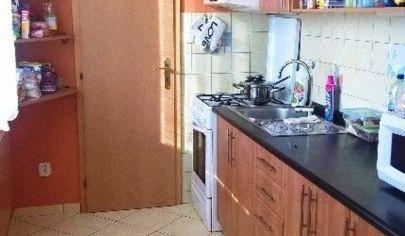 TOPOĽČANY - 3 izbový byt, 7 posch, 82m2, ul.M.Benku