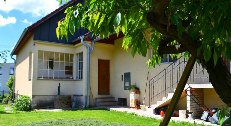 Dubodiel- Rodinný dom na pozemku 910m2.